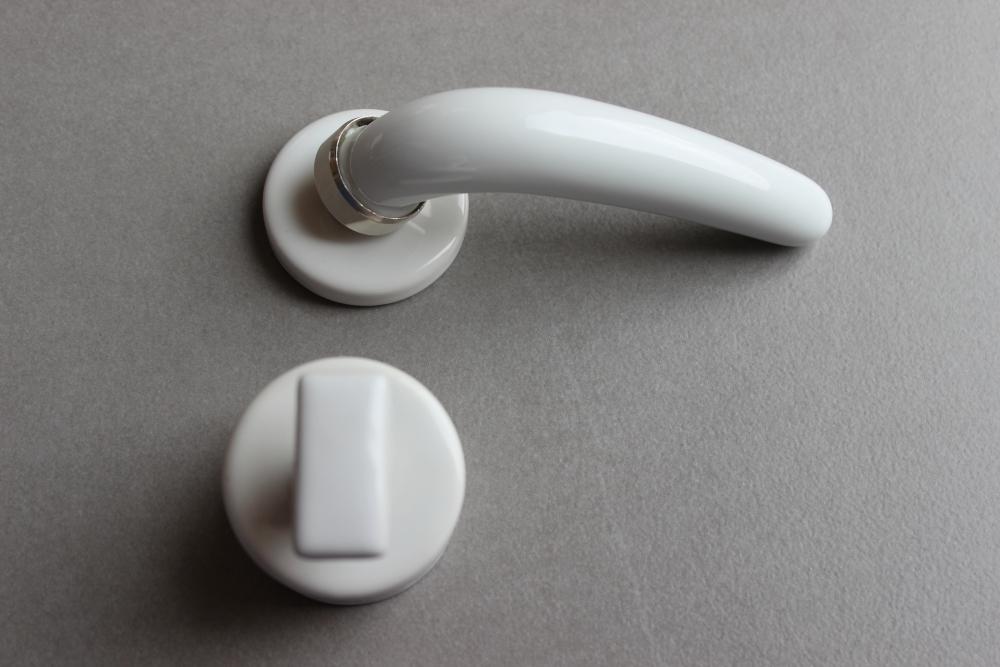 Poigne De Porte Porcelaine  Blanc BrillantRosace Condamnation